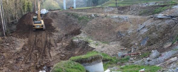 Inicio de los trabajos para la adecuación del entorno del Tanatorio Río Cabo en Torrelavega, Cantabria