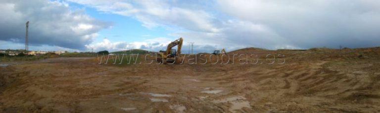 Movimiento de tierras en la creación de Encinar en la antigua duna de Cuchia