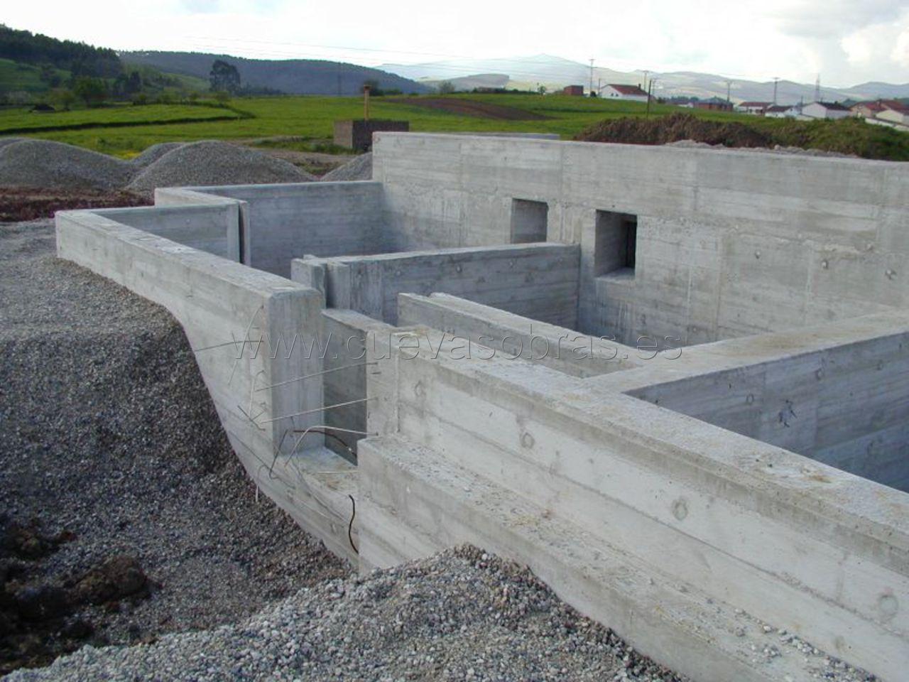 En Cuevas Obras somos profesionales en abastecimientos y saneamientos en Cantabria