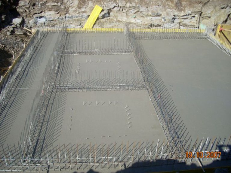 Ejecución de saneamiento y abastecimiento en Mataporquera