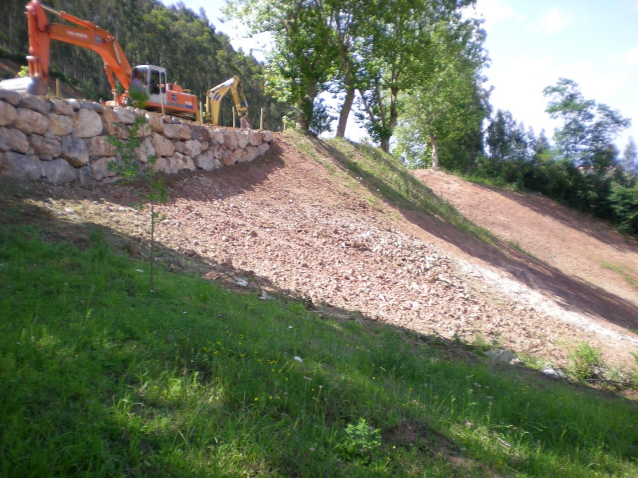 Trabajos de desmonte en Cantabria