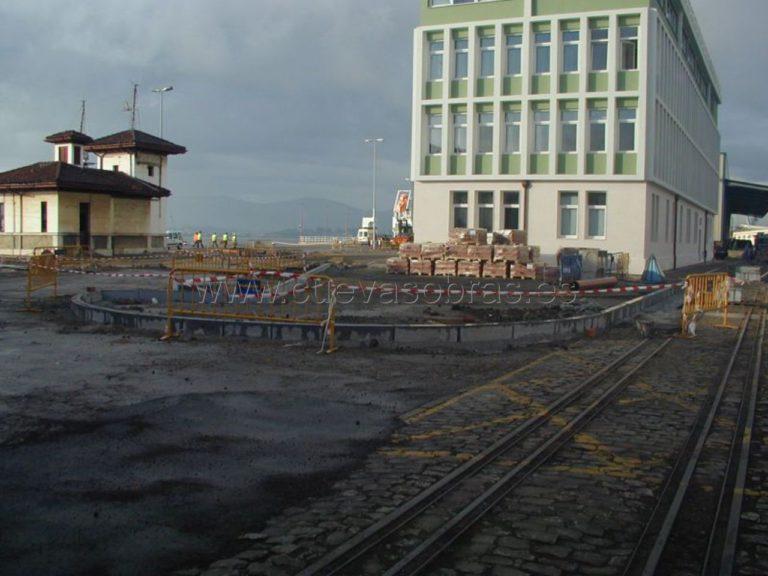 Urbanización del entorno del edificio de la Autoridad Portuaria de Santander