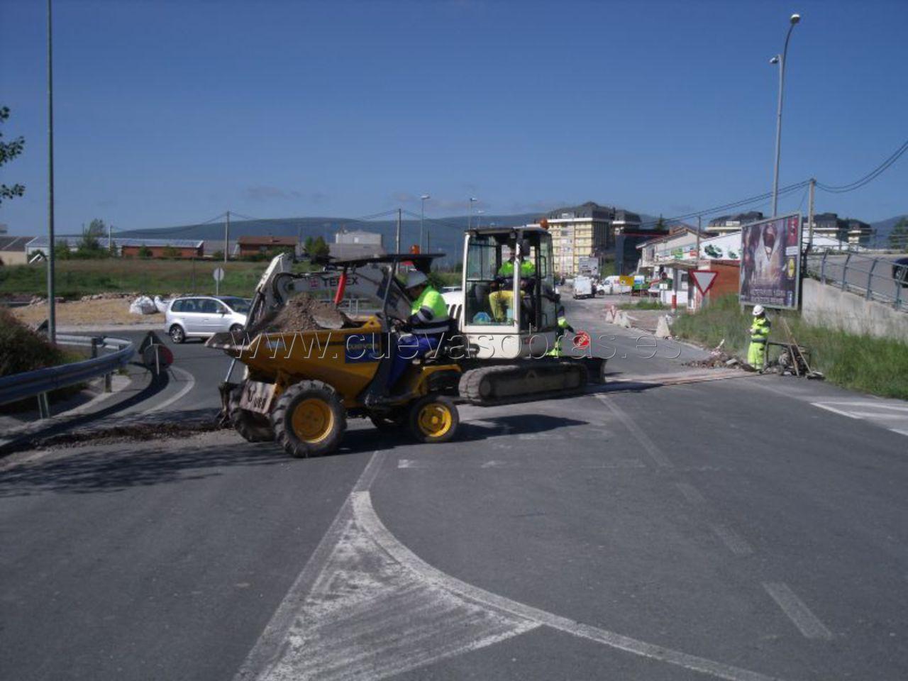 Nuevas acometidas y urbanización de nave industrial en San Miguel de Aguayo, Reinosa, Cantabria
