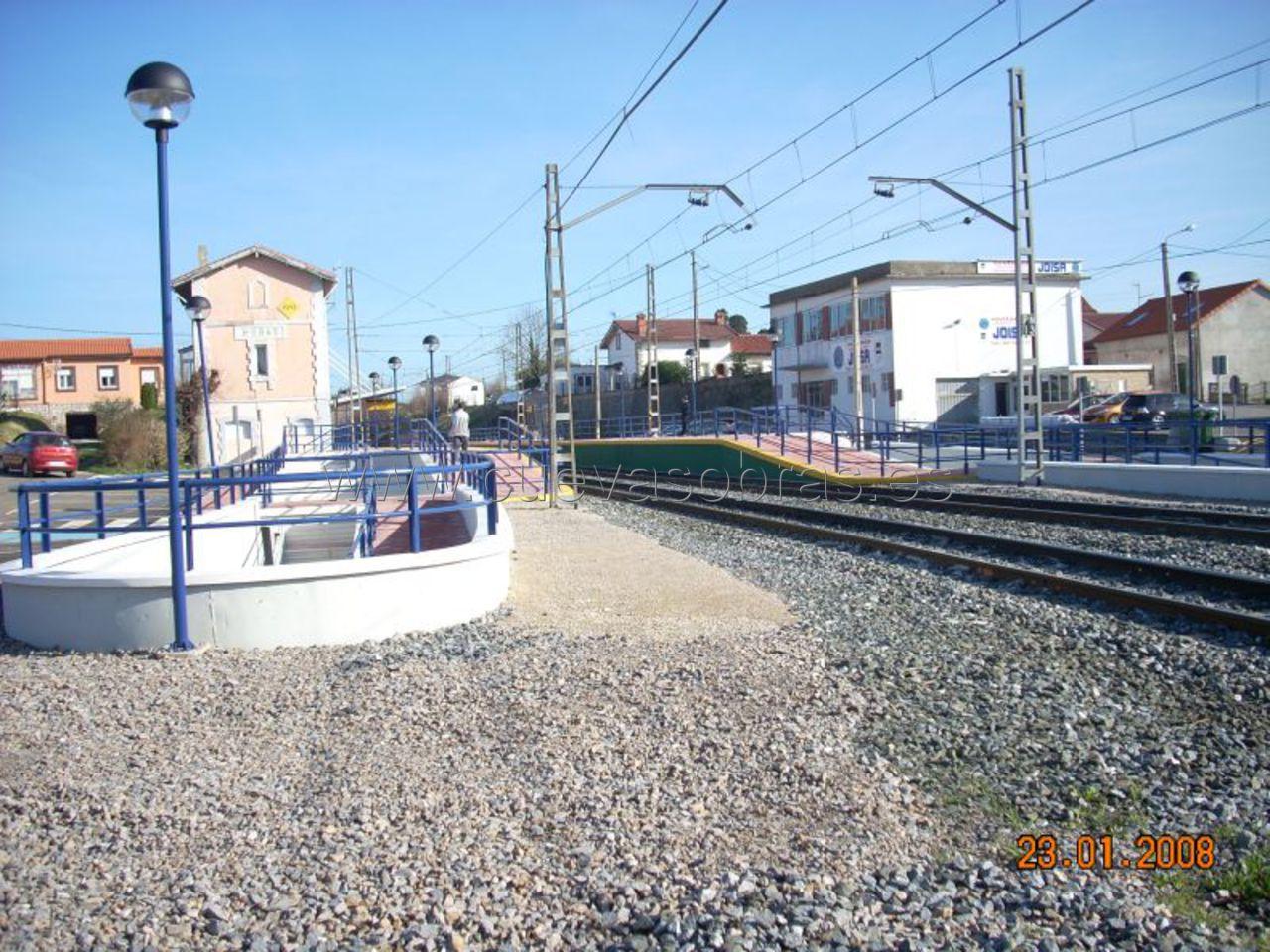 Ejecución de paso inferior en la estación de tren de Heras, Cantabria.