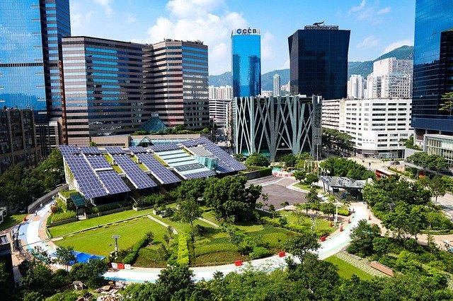 Construcción sostenible: Dubai construye una ciudad 100% solar, con coches eléctricos y edificios Eco-Sostenibles